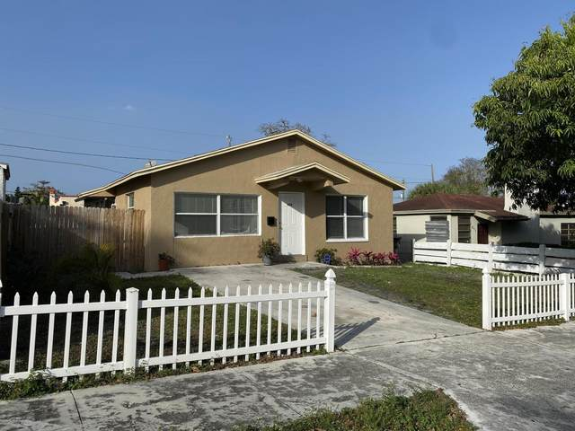 815 30th Court, West Palm Beach, FL 33407 (#RX-10601009) :: Ryan Jennings Group