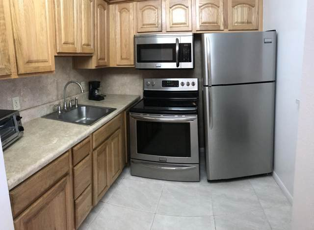 374 Tilford R, Deerfield Beach, FL 33442 (MLS #RX-10601128) :: Berkshire Hathaway HomeServices EWM Realty