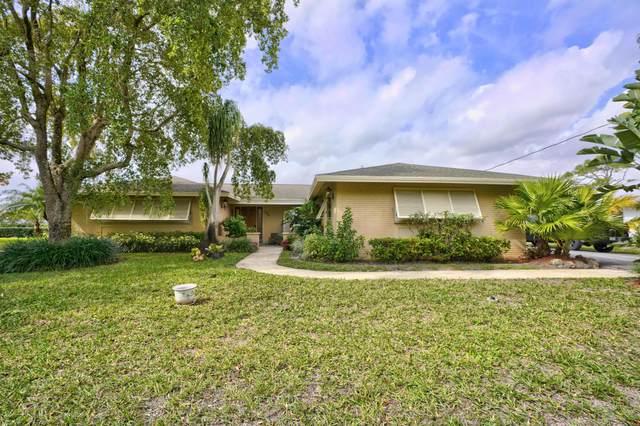 135 Country Club Drive, Tequesta, FL 33469 (#RX-10601209) :: Ryan Jennings Group
