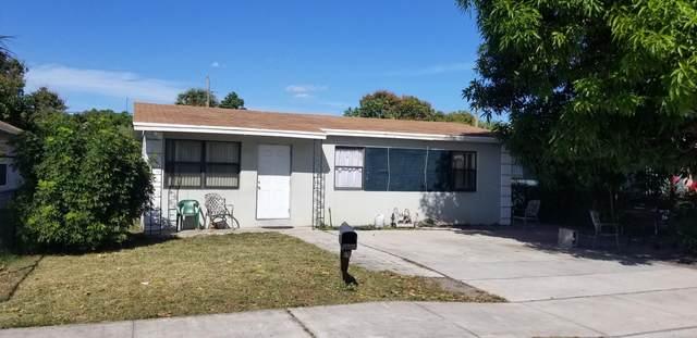 1356 W 32nd Street, Riviera Beach, FL 33404 (#RX-10601399) :: Ryan Jennings Group