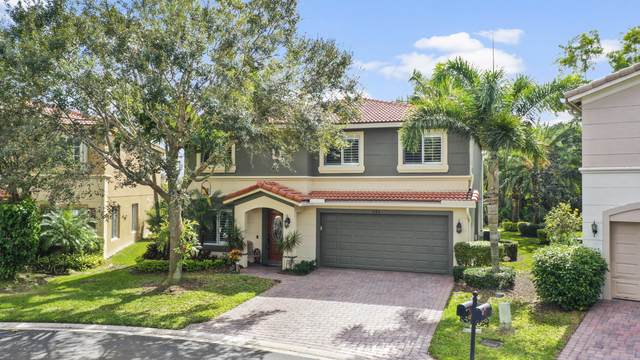 742 SE Mixon Place, Stuart, FL 34997 (#RX-10601400) :: Ryan Jennings Group