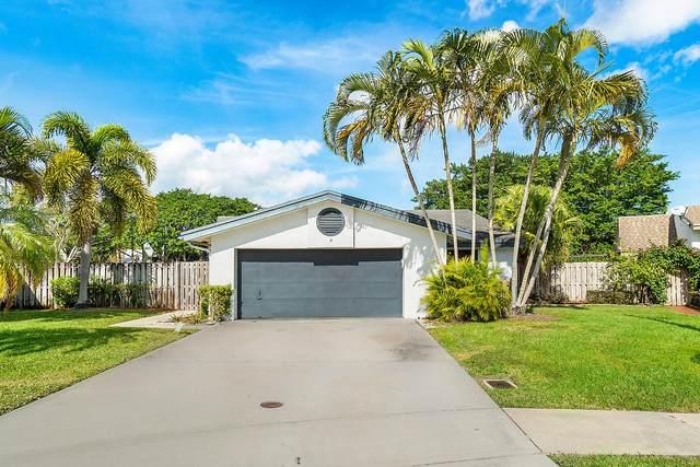 4 Baytree Circle, Boynton Beach, FL 33436 (MLS #RX-10601532) :: The Paiz Group