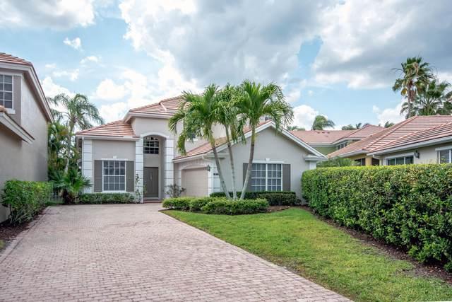 8353 Heritage Club Drive, West Palm Beach, FL 33412 (#RX-10601558) :: Ryan Jennings Group