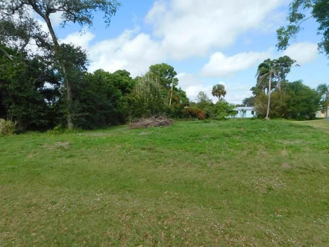 7602 Georges Road, Fort Pierce, FL 34951 (#RX-10601715) :: Ryan Jennings Group