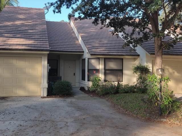 703 Kintyre Terrace, Palm Beach Gardens, FL 33418 (#RX-10601925) :: Dalton Wade