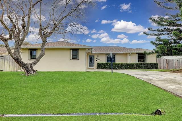 2397 SE Avalon Road, Port Saint Lucie, FL 34952 (MLS #RX-10601973) :: Castelli Real Estate Services