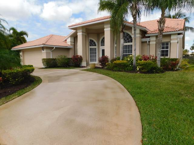 126 Fernwood Crescent, Royal Palm Beach, FL 33411 (MLS #RX-10602044) :: The Jack Coden Group