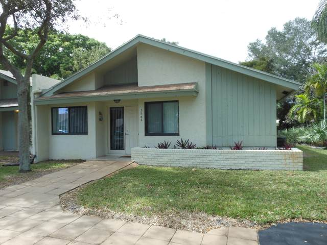 3936 Arelia Drive S, Delray Beach, FL 33445 (#RX-10602224) :: Ryan Jennings Group