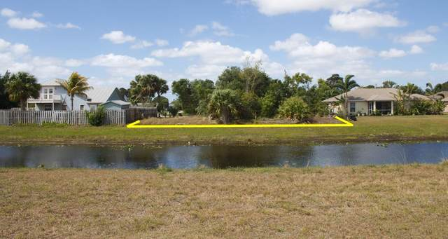 1895 SE North Buttonwood Drive, Port Saint Lucie, FL 34953 (#RX-10602230) :: Ryan Jennings Group
