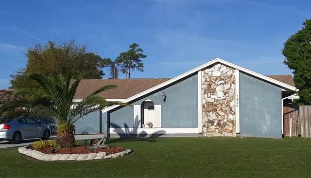 1924 SE Esterbrook Street, Port Saint Lucie, FL 34983 (#RX-10602672) :: Ryan Jennings Group