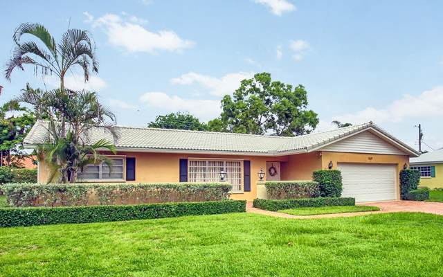 7639 Palm Road, Lake Clarke Shores, FL 33406 (#RX-10602673) :: Ryan Jennings Group