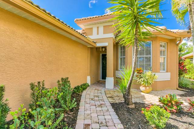 3784 NW Pin Oak Drive, Jensen Beach, FL 34957 (MLS #RX-10602676) :: Berkshire Hathaway HomeServices EWM Realty