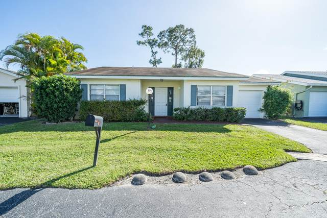 7192 Pine Forest Circle E, Lake Worth, FL 33467 (MLS #RX-10602683) :: Berkshire Hathaway HomeServices EWM Realty