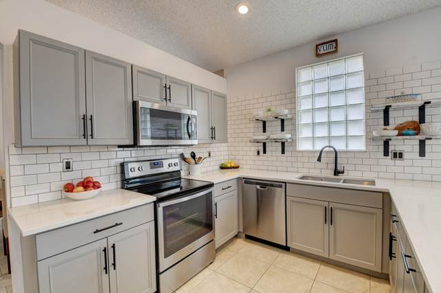 9333 Cove Point Circle Circle, Boynton Beach, FL 33472 (MLS #RX-10602694) :: Berkshire Hathaway HomeServices EWM Realty