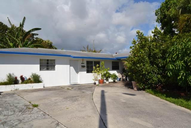 2641 Avenue H Avenue E, Riviera Beach, FL 33404 (#RX-10602714) :: Ryan Jennings Group