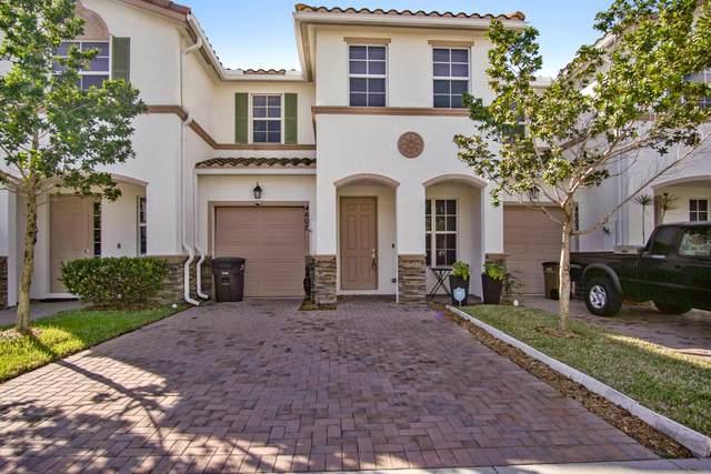 4605 Tara Cove Way N, West Palm Beach, FL 33417 (#RX-10602725) :: Ryan Jennings Group