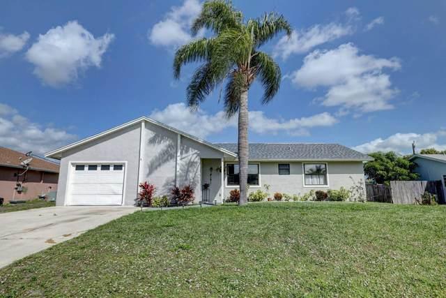 571 SE Crescent Avenue, Port Saint Lucie, FL 34984 (#RX-10603026) :: Ryan Jennings Group