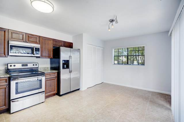 388 Prestwick Circle #1, Palm Beach Gardens, FL 33418 (MLS #RX-10603159) :: The Jack Coden Group
