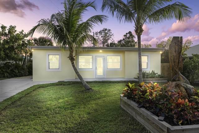 604 NW Poinsettia Street, Stuart, FL 34994 (#RX-10603188) :: Real Estate Authority