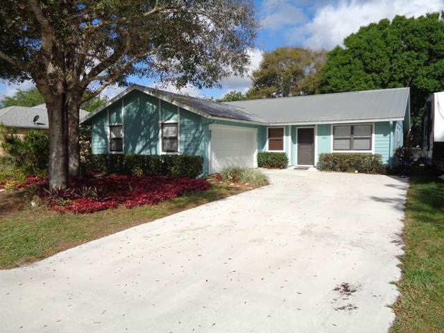 5043 SE Pine Knoll Way, Stuart, FL 34997 (#RX-10603269) :: Real Estate Authority