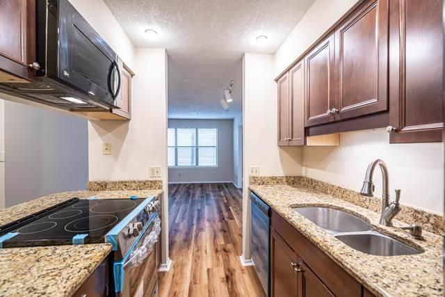 2305 N Congress Avenue #28, Boynton Beach, FL 33426 (#RX-10603283) :: Ryan Jennings Group