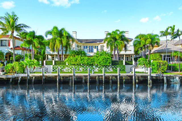 260 W Key Palm Road, Boca Raton, FL 33432 (MLS #RX-10603361) :: Laurie Finkelstein Reader Team