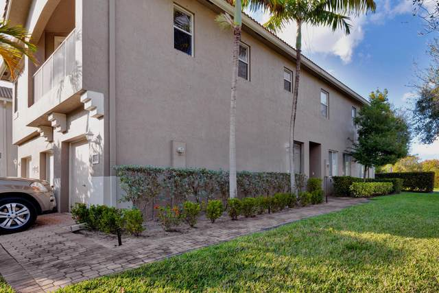 3001 Laurel Ridge Circle, Riviera Beach, FL 33404 (MLS #RX-10603524) :: Berkshire Hathaway HomeServices EWM Realty