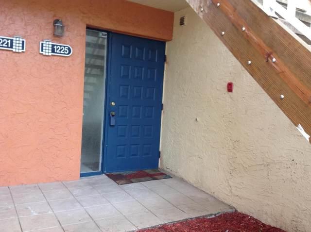 1225 The Pointe Drive #11, West Palm Beach, FL 33409 (#RX-10603690) :: Ryan Jennings Group