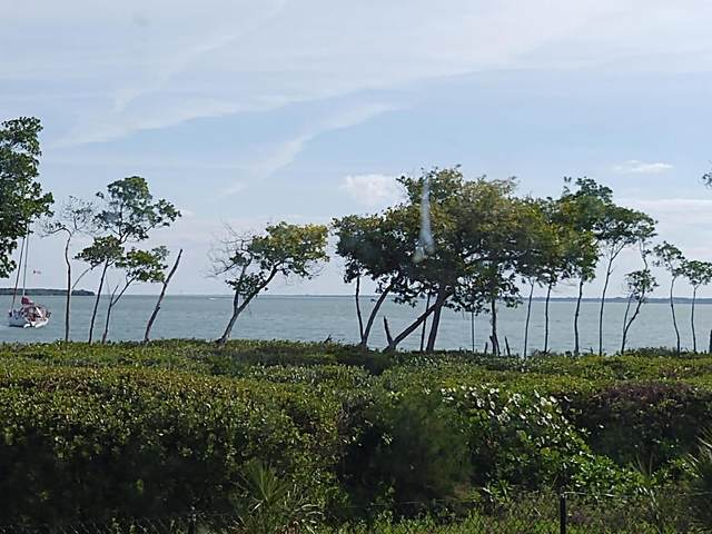 26 Harbour Isle Drive #105, Fort Pierce, FL 34949 (#RX-10603808) :: The Reynolds Team/ONE Sotheby's International Realty
