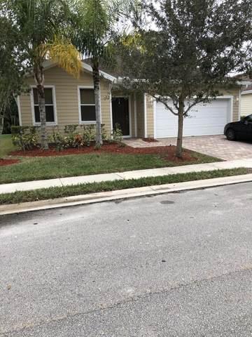 629 NE Moss Rose Place, Port Saint Lucie, FL 34983 (#RX-10604043) :: Ryan Jennings Group