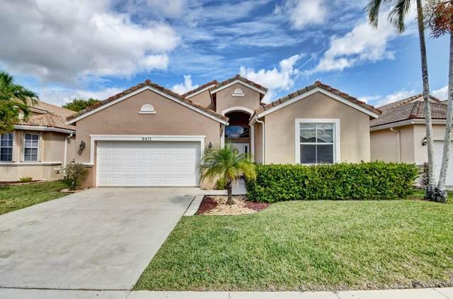 9471 Lago Drive, Boynton Beach, FL 33472 (MLS #RX-10604298) :: Castelli Real Estate Services