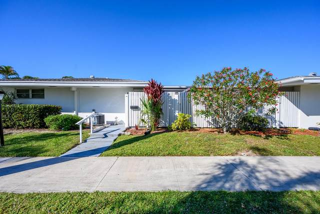 95 East Court, Royal Palm Beach, FL 33411 (#RX-10605057) :: Ryan Jennings Group