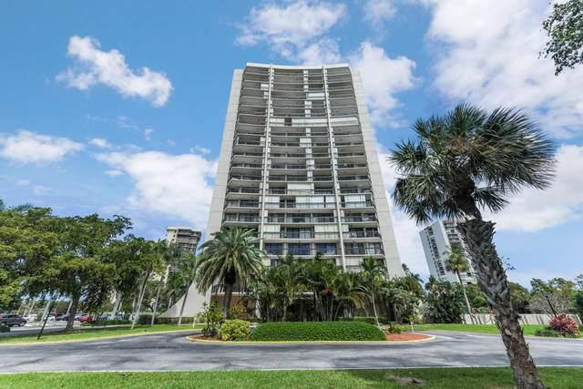 2425 Presidential Way #1401, West Palm Beach, FL 33401 (#RX-10605199) :: Ryan Jennings Group
