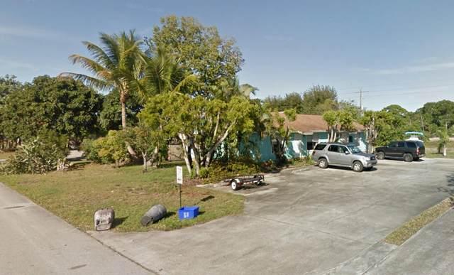 8813-15 SE Hobe Ridge Avenue, Hobe Sound, FL 33455 (#RX-10605375) :: Ryan Jennings Group