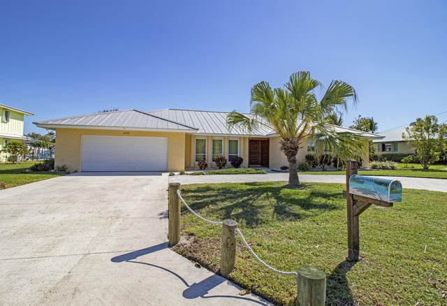 8396 SE Palm Street, Hobe Sound, FL 33455 (#RX-10605530) :: Ryan Jennings Group