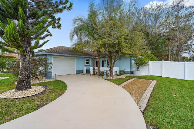 2550 Canterbury Drive S, Riviera Beach, FL 33407 (#RX-10605603) :: Ryan Jennings Group