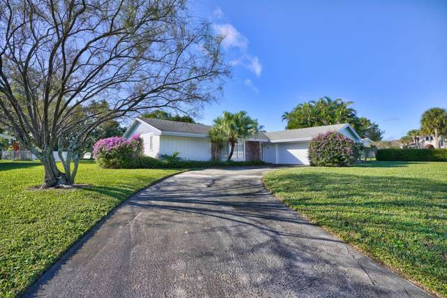 4710 Juniper Lane, Palm Beach Gardens, FL 33418 (#RX-10605954) :: Ryan Jennings Group