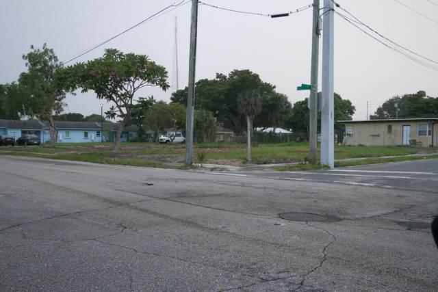 1100 8th Street, West Palm Beach, FL 33401 (#RX-10606295) :: Ryan Jennings Group