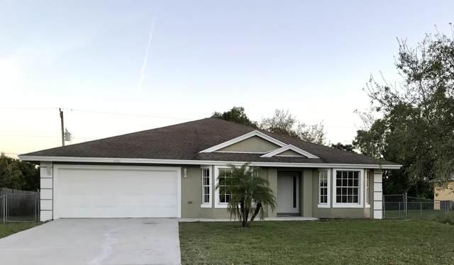 450 SW Lairo Avenue, Port Saint Lucie, FL 34953 (#RX-10606570) :: Ryan Jennings Group
