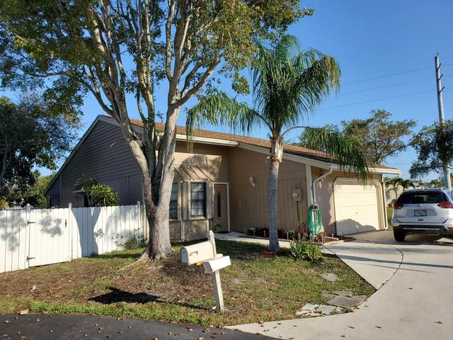 1 Paxford Lane, Boynton Beach, FL 33426 (#RX-10607259) :: Ryan Jennings Group