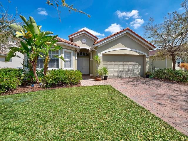1373 NW Leonardo Circle, Port Saint Lucie, FL 34986 (#RX-10607554) :: Ryan Jennings Group