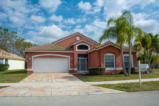 9225 Cove Point Circle, Boynton Beach, FL 33472 (#RX-10607949) :: Ryan Jennings Group