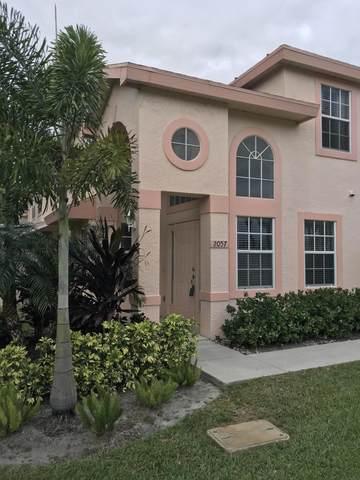 2057 SE Wild Meadow Circle, Port Saint Lucie, FL 34952 (#RX-10607984) :: Ryan Jennings Group