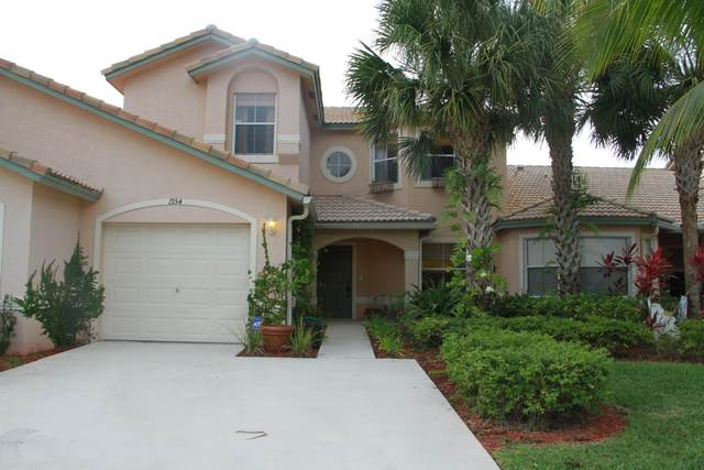 1954 Waterside Court E, Wellington, FL 33414 (#RX-10608030) :: Ryan Jennings Group