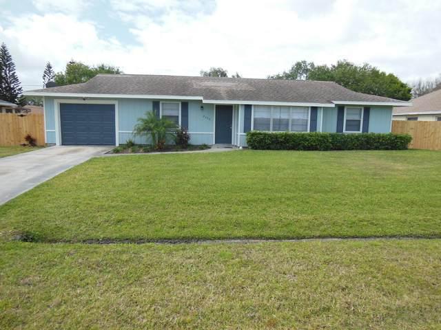 2356 SE Holland Street, Port Saint Lucie, FL 34952 (#RX-10608156) :: Ryan Jennings Group