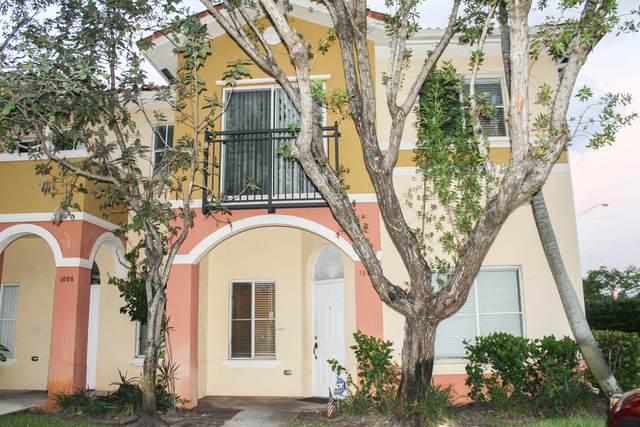 1007 N Santa Catalina Circle, North Lauderdale, FL 33068 (#RX-10608325) :: Ryan Jennings Group