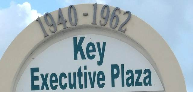 1962 SE Port St Lucie Boulevard #215, Port Saint Lucie, FL 34952 (#RX-10608589) :: The Rizzuto Woodman Team