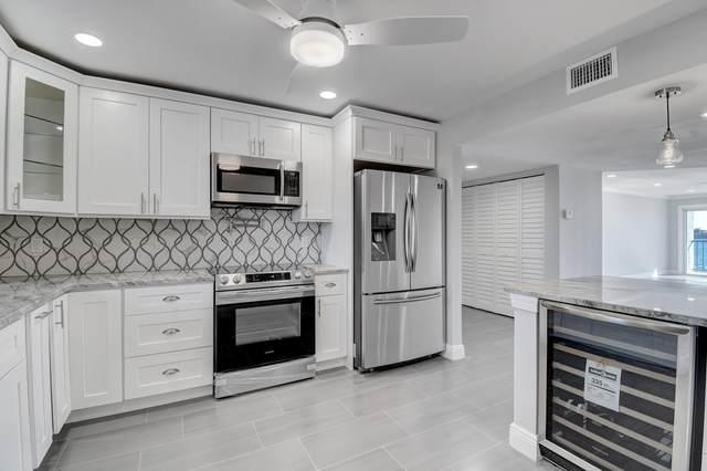 3040 Lake Shore Drive #304, Riviera Beach, FL 33404 (#RX-10608897) :: Ryan Jennings Group