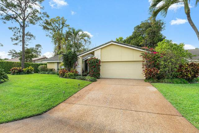 812 Foxpointe Circle, Delray Beach, FL 33445 (#RX-10609104) :: Ryan Jennings Group