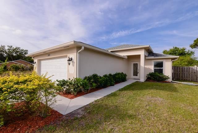 1058 SW Del Rio Boulevard, Port Saint Lucie, FL 34953 (#RX-10609153) :: Ryan Jennings Group